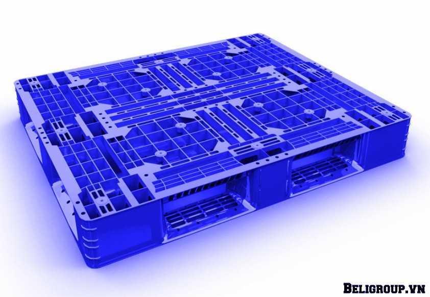 pallet nhựa lót sàn liền khối beli 002 màu xanh dương optimized - Giới Thiệu Pallet Toàn Tập