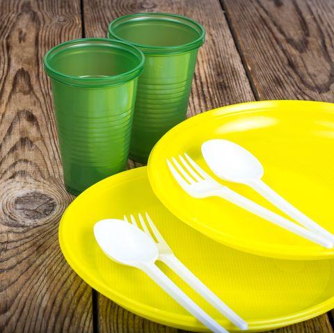 Dụng cụ ăn uống làm bằng nhựa PS tái chế số 6