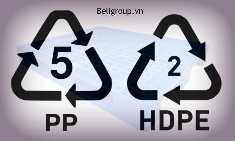 So sánh nhựa HDPE và Nhựa PP trong sản xuất pallet