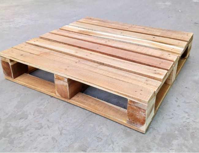 mua pallet gỗ làm nội thất