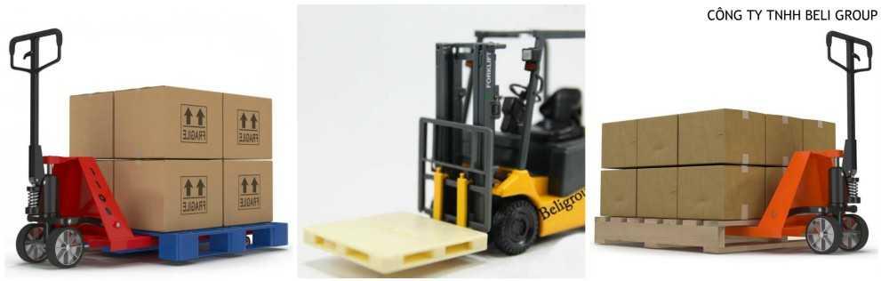xe nâng dùng để nâng các pallet nhựa và gỗ - Chi tiết pallet nhựa từ A -> Z, Khi mua bán cần biết